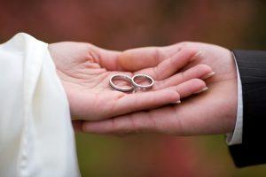 آیا زن و مرد سبب تکامل هم می شوند؟